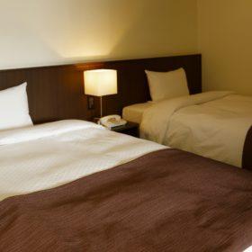 <p>ベッドルーム *シモンズ社製ベッドを採用</p>